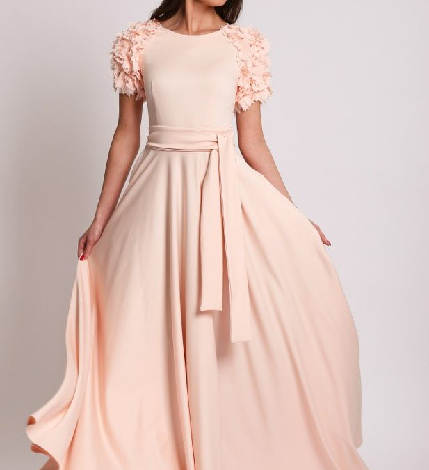 How to choose a dress for your body type?